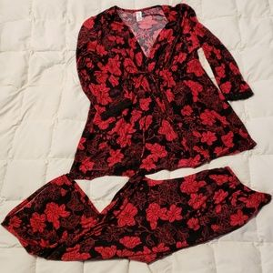 Pajama Set by New Directions Red/Blk Med NWOT